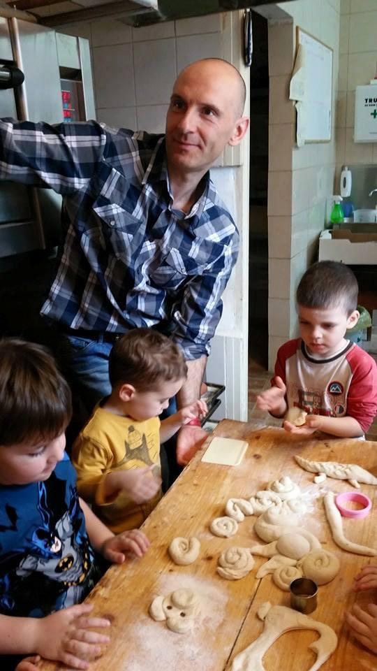 activitatisciale-scoalaaltfel-apr2015_04