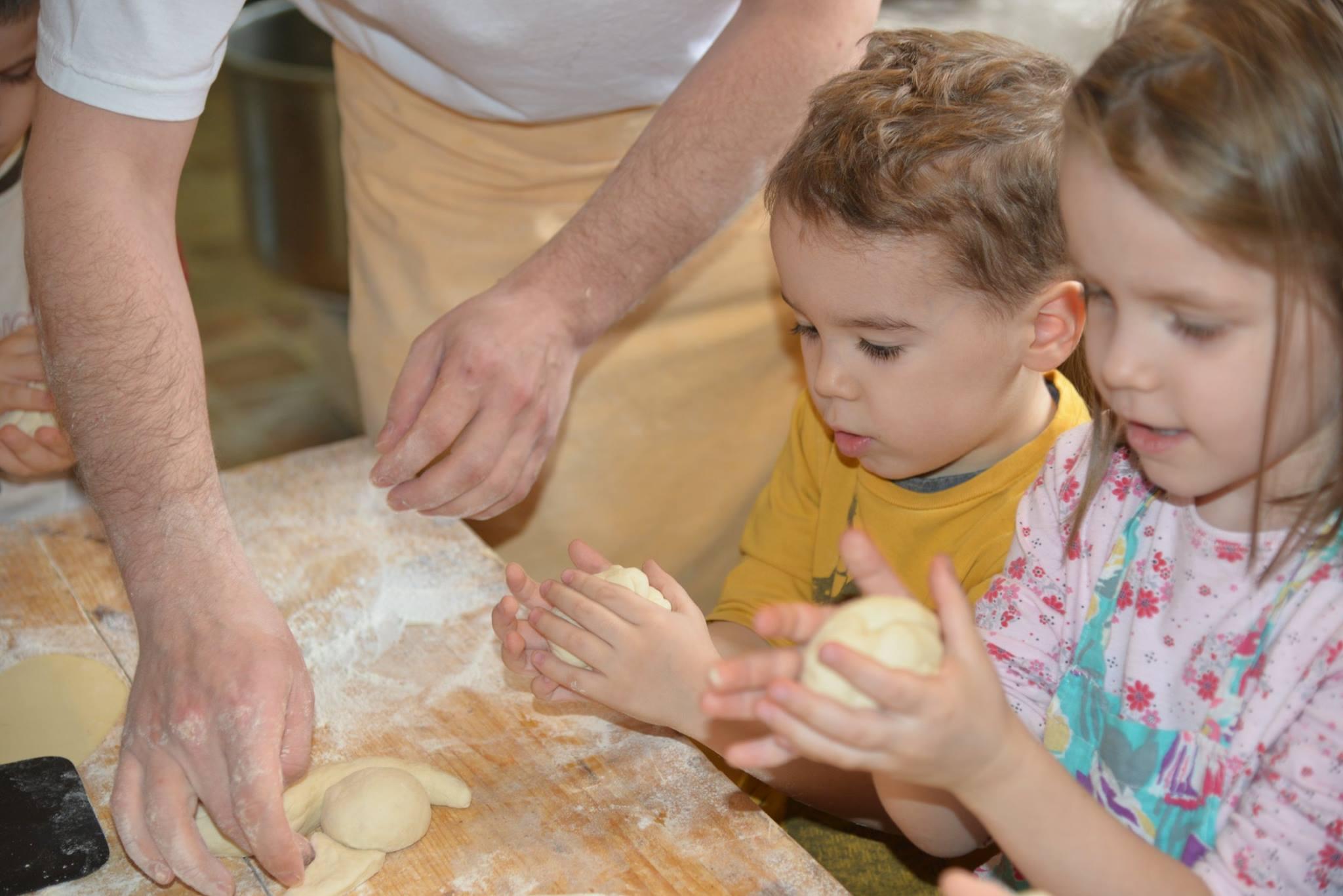 activitatisciale-scoalaaltfel-apr2015_20