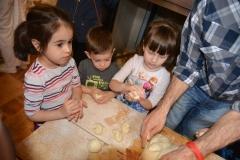activitatisciale-scoalaaltfel-apr2015_21